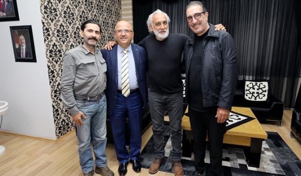 Başbakan Yıldırım, Kızılay'a kurban bağışında bulundu