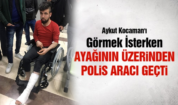 Konya'da hafif ticari araç elektrik direğine çarptı: 3 yaralı