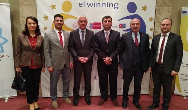 Konya'daki okul 'Avrupa Kalite Ödülü Etiketi' aldı