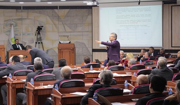 2020 Yatırım Programı CHP'li başkanları birbirine düşürdü