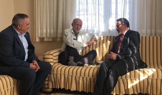 Belediye Başkanı Mehmet Tutal, Yıldız ve Özbakır ailesini ziyaret etti.