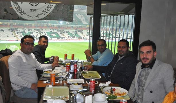 Konyaspor'un eski yöneticileri yemekte