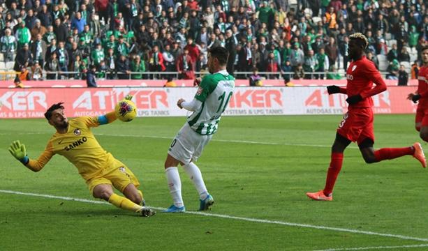Konyaspor'da 3 puan hasreti 7 maça çıktı