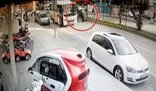 Samsun'da 2 kişinin yaralandığı kaza kamerada