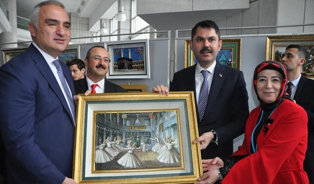 Kurum, Ersoy'a  tablo hediye etti