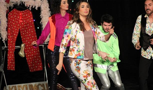'Tiyatro Seyircisi Beni Şımartıyor'
