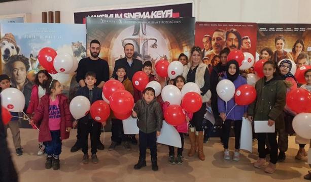Türk Kızılay, çocukların sinema keyfine ortak oldu