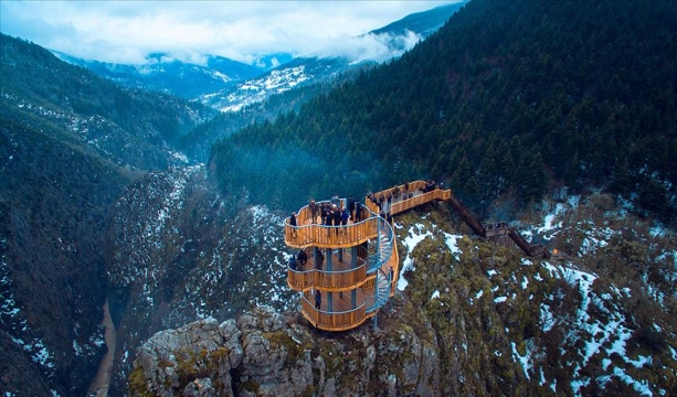 'Dünyanın en derin ikinci kanyonu'na seyir terası