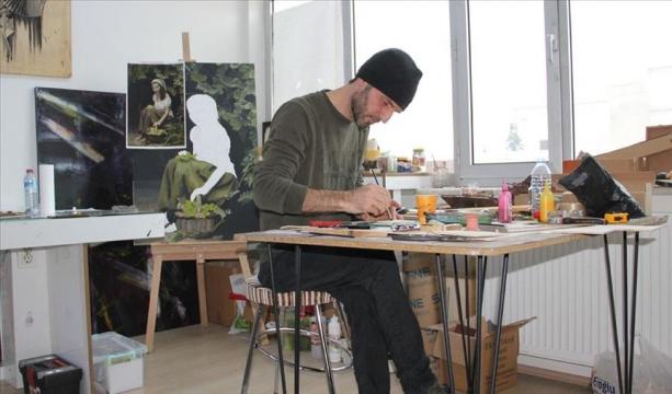Sokağa bırakılan atıklar sanatçının elinde yeniden değerleniyor