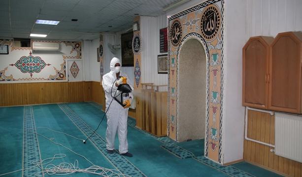 Akşehir Belediyesinden camilerde dezenfekte çalışmaları