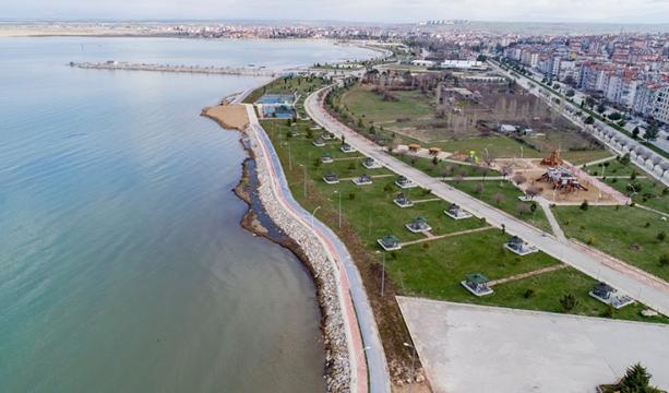 Beyşehir'de sahildeki park ve piknik alanları yeni normalleşmeye hazır