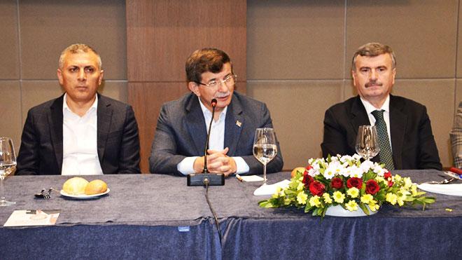 AK Parti Davutoğlu Başkanlığında toplandı