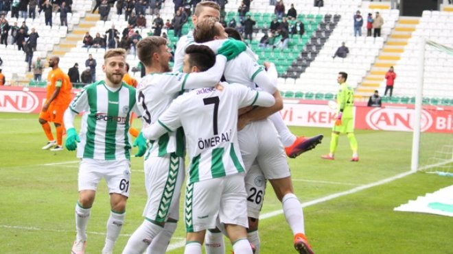 Konyaspor kupada çeyrek final randevusunda