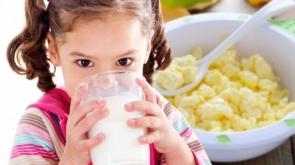 Bebeğiniz 1 yaşına kadar nasıl beslenmeli?