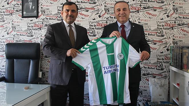 Baydar'a Ahmet Postallı'dan hediye