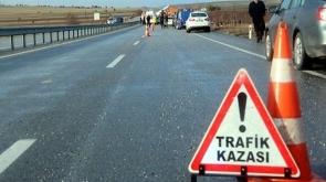 Otomobil devrildi 1 kişi hayatını kaybetti
