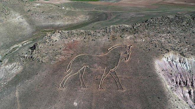 Kapadokya'nın 'uzaydan görülen heykelleri' ziyaretçilerini bekliyor