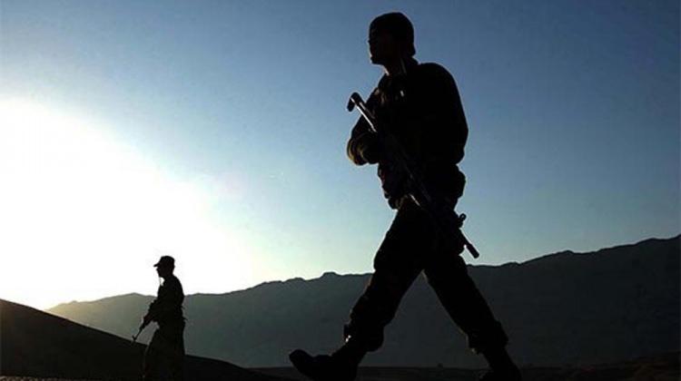 Hakkari'de çatışma: 5 korucu yaralandı