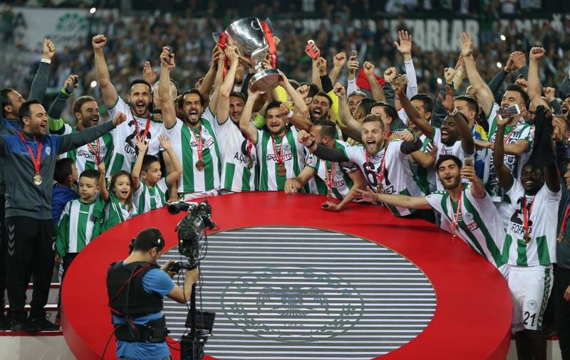 Konyaspor'da kupa taraftarla buluşacak