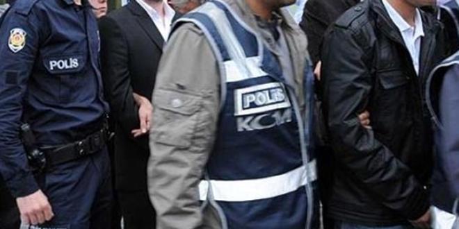 FETÖ operasyonunda 20 askere tutuklama