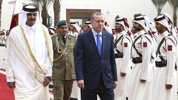 Katar 45 FETÖ'cüyü sınır dışı etti