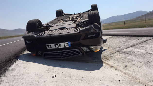 Konya Ereğlide otomobil devrildi !