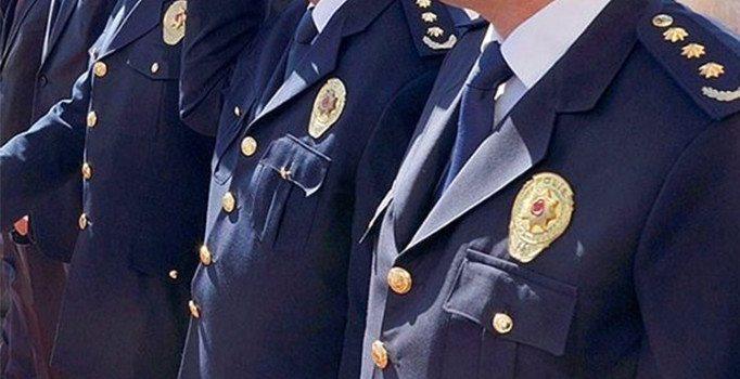 FETÖ'cü polis itiraf etti ....KPSS soruları projeksiyonla tekrar tekrar gösterildi