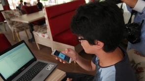 Liseliden konuşmayı işaret diline çeviren yazılım