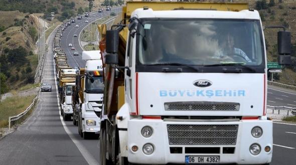 Belediyeden 400 araçlık '15 Temmuz' konvoyu