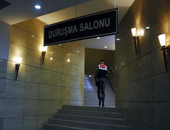 Avukatların yargılandığı FETÖ davasında 13 sanığa hapis cezası