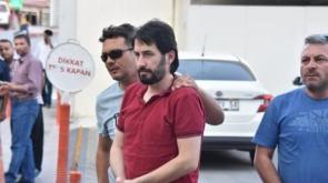 FETÖ'nün 'Mahrem Abisi' Kovalamacada Polise Tosladı, Soluğu Kodeste Aldı