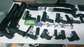 12 adet ruhsatsız silahla yakalanan 2 şüpheli tutuklandı