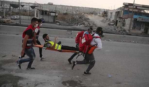 İsrail polisi olayları takip eden gazetecileri de hedef alıyor