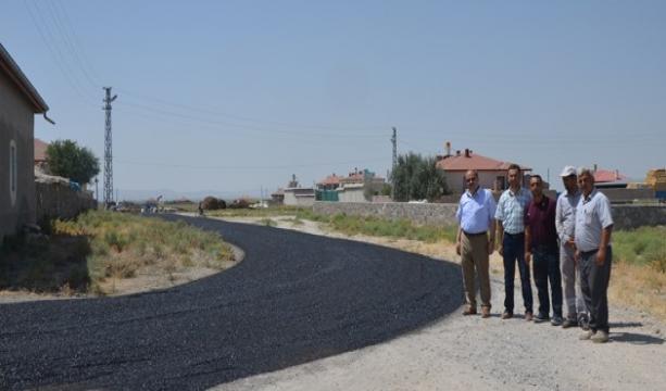 Mehmet Yaka çalışmaları inceledi