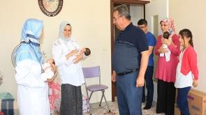 Başkan  Mehmet Hançerli üçüz bebek ziyaretinde