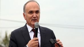 Bakan Özlü 'etliekmek' ve 'siyah havuç' için Konya'ya gelecek