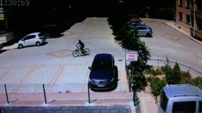 Motosiklete niyetlenip bisikleti çaldılar #konyahaber