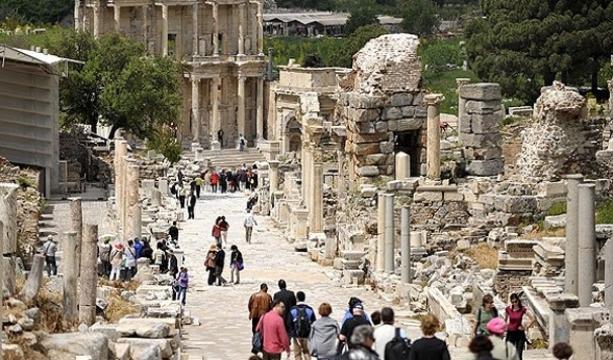 Türkiye'nin turizm geliri arttı #ekonomi