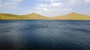 Türkiye'nin en yüksek gölü dalış meraklılarını bekliyor