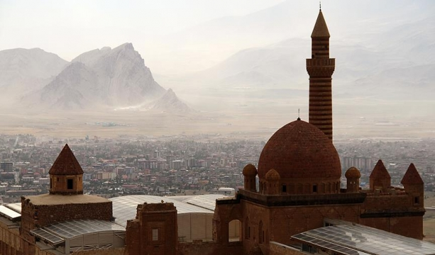 'Medeniyetler geçidi' İslam alimi Hani'yi anlatacak