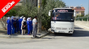 Karaman'da işçi midibüsünün çarptığı polis memuru yaralandı