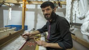 El dokuma kilimleri Körfez ülkelerinden alıcı buluyor #konyahaber