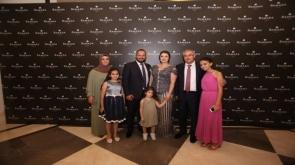 Seçil ile Yaşar Metin nişanlandı