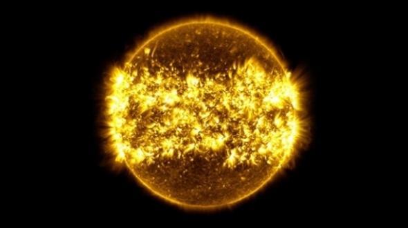 NASA açıkladı! Güneş'te 2 büyük patlama