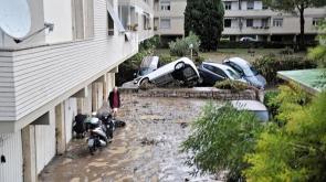 İtalya'da şiddetli yağış can aldı