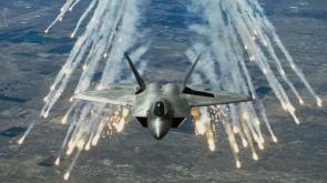 ABD savaş uçakları bombaladı! Onlarca ölü var