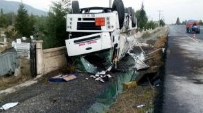 KONYA'da TRAFİK KAZASI: Afyon-Konya yoluna akaryakıt sızdı #KonyaHaber