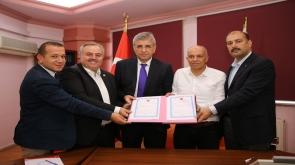Karaman'da serbest bölge için arsa devir teslimi yapıldı