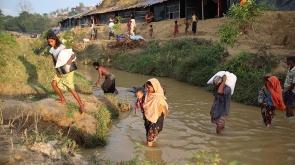 Myanmar'dan kaçmaya çalışan daha binlerce Arakanlı Müslüman var
