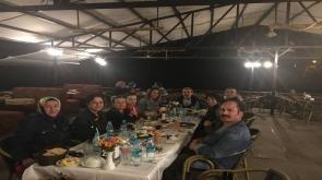 Serpil Erkmen akşam yemeğinde